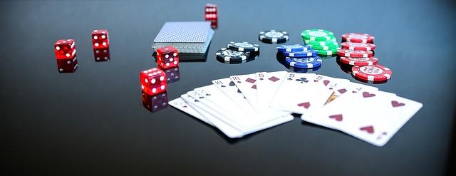 أفضل خمس كتب عن لعبة البوكر
